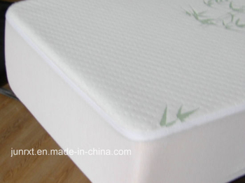 Home Used Polyester Quilted Waterproof Mattress Protector Bamboo Fiber Anti Dust Mite