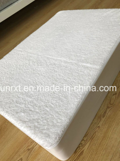Waterproof Mattress Protector, Polyester Mattress Cover, All Size Available, Coral Wool Waterproof Mattress Cover.