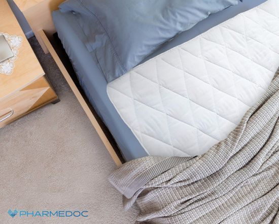 Waterproof Bed Pad with Highly Absorbent Fill Layer